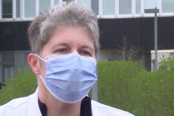 """Ce samedi 21 mars 2020, au 5e jour de confinement en France, un collectif de médecins caennais publie une tribune, un """"cri du cœur"""" et demande de suivre les consignes"""