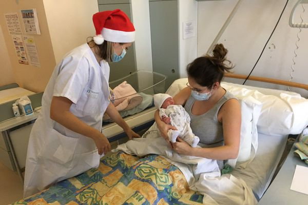 Oxana est née à 0h05... ponctuelle pour le jour de Noël