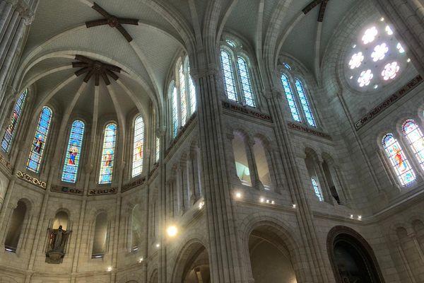 Après 6 ans de travaux la basilique Saint-Donatien de Nantes rendue à la collectivité, à la ville de Nantes et à la communauté catholique.
