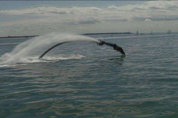 Avec un peu (beaucoup) d'entraînement, vous pourrez vous aussi maîtriser la figure du dauphin