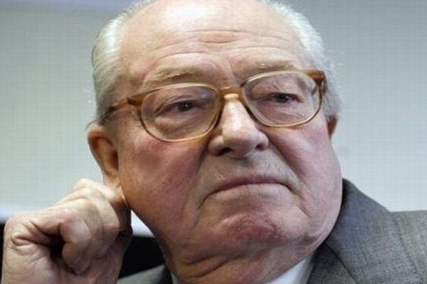 Jean-Marie Le Pen - Président d'honneur du FN - archives