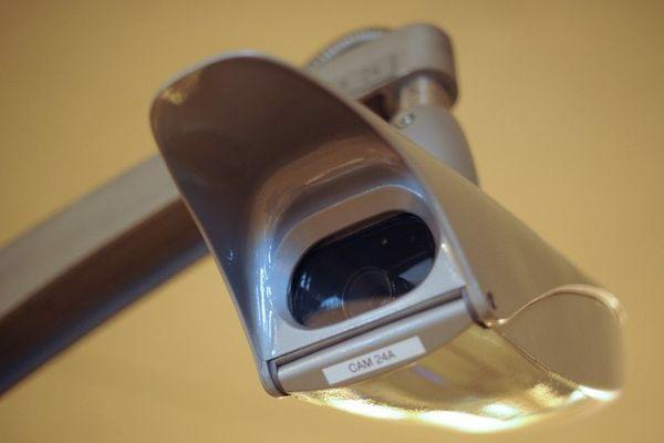 Une caméra installée dans le métro parisien (illustration).