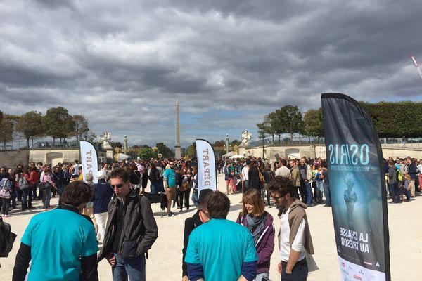 Le Jardin des Tuileries était le point de départ de l'événement où se sont rassemblés des centaines de participants.