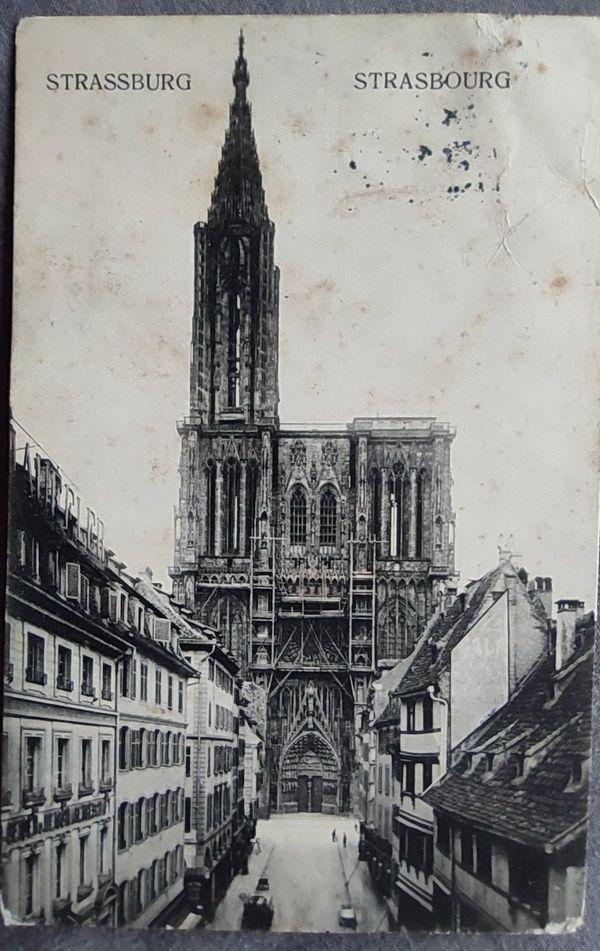 Un ami de Géraud Lebrument lui a offert cette carte postale pour ses 30 ans.