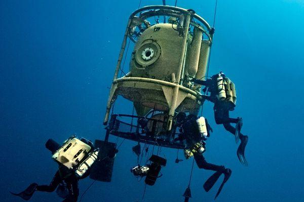 Dimanche 14 juillet, l'équipe a même réalisé l'exploit inédit de plonger jusqu'à 142 mètres de profondeur pendant 6 heures d'exploration au Tombant des Américains près de Villefranche-sur-Mer.