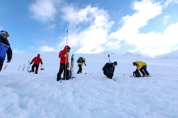 Exercice annuel de la Chamoniarde, société de prévention et de secours en montagne.