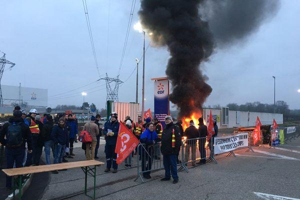 Les salariés de la centrale de Fessenheim en grève