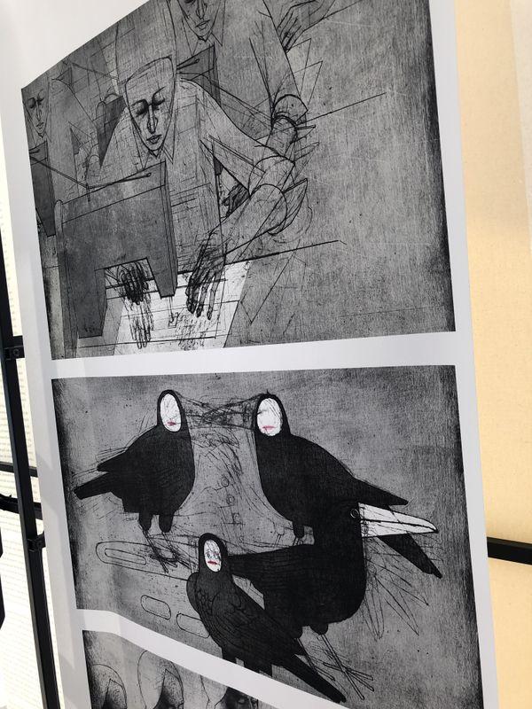 """L'artiste allemand Volker Schlechts évoque l'homme réduit à l'état de machine, dans le cadre de son travail documentaire """"Kaputt"""" basé sur le récit de deux anciennes prisonnières, détenues dans la prison pour femmes Burg Hoheneck au temps de la RDA."""