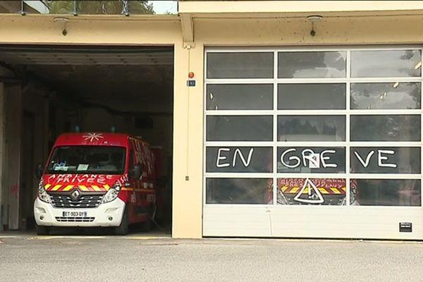 Les pompiers de Saint-Quentin sont en grève depuis le 26 juin.