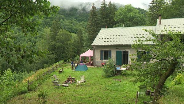 La maison forestière de Bellevaux où les artistes résident