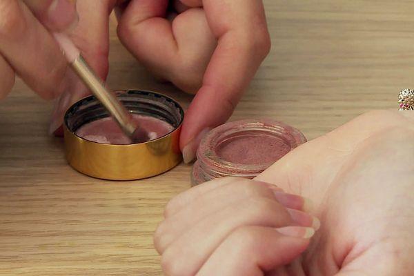 Des produits cosmétiques français, bio et sains, parce que vous le valez bien !