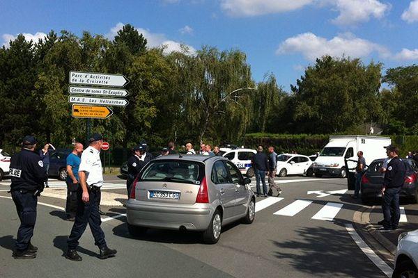 A proximité de la prison de Vendin-le-Vieil, ce mercredi.