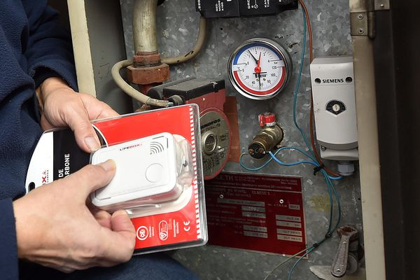 Des détecteurs de monoxyde de carbone existent pour prévenir les risques d'intoxication.