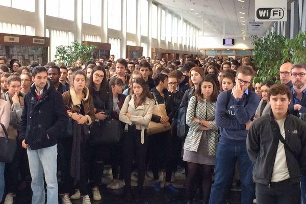 Une minute de silence respectée sur le campus Villejean à Rennes en hommage à l'étudiant en dentaire décédé