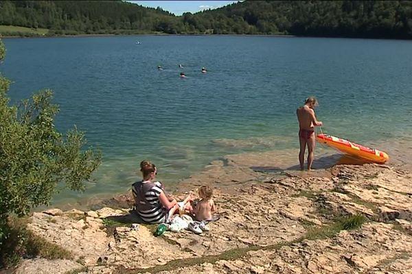 Lac au Frasnois, dans le Jura