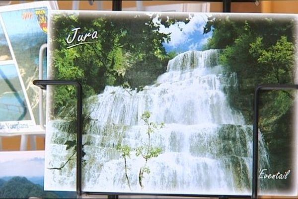 La carte la plus vendue dans le Jura : les cascades du Hérisson !
