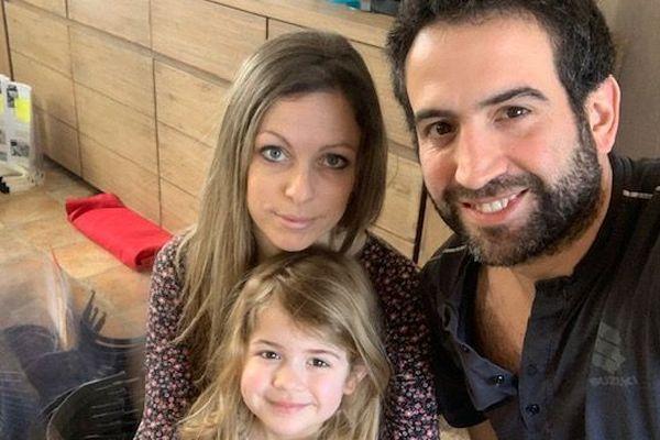 Anthony Seddiki avec Claire, sa femme et leur fille Lily