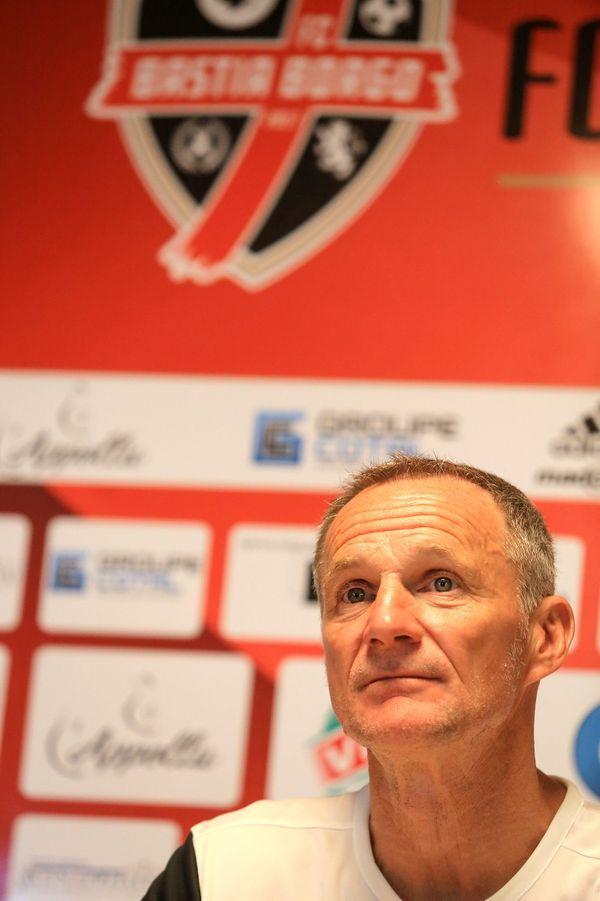 Albert Cartier est le coach du FCBB depuis mars 2021.