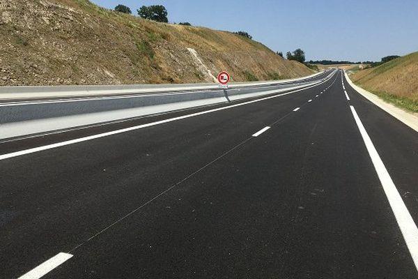 Le nouveau tronçon de la RN 88 à 2 X 2 voies, à la sortie du viaduc du Viaur