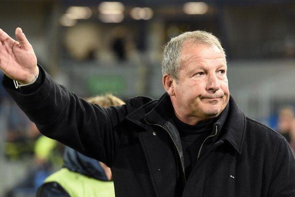 Rolland Courbis entraîneur de Montpellier pendant la rencontre contre Guinguamp