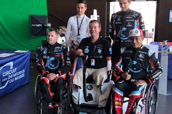 Matthieu Lahaye (en haut à gauche), Nigel Bailly (en bas à gauche), Frédéric Sausset (au centre) et Takuma Aoki ( en bas à droite) : l'équipe qui prendra le départ des 24 h du Mans Auto le 21 août 2021