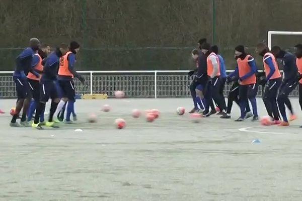 Les joueurs du FC Chambly auront encore une séance d'entraînement mardi...