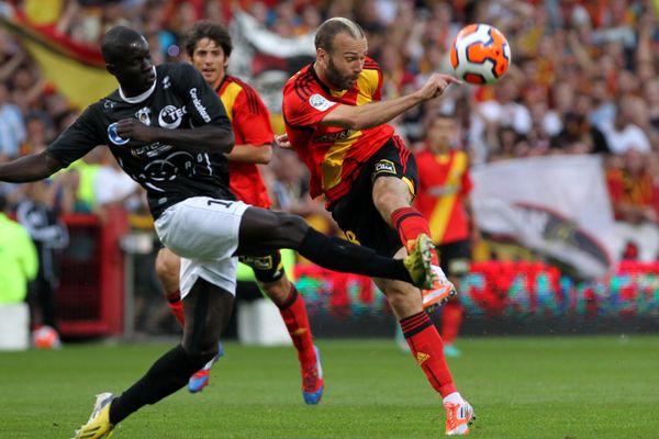 Le RC Lens jouera la montée en Ligue 1 lors de l'ultime rencontre du championnat contre le CA Bastia.
