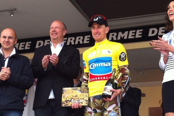 Benoit Sinner emporte la 2ème étape des Boucles de la Marne et endosse le maillot jaune de leader du général.