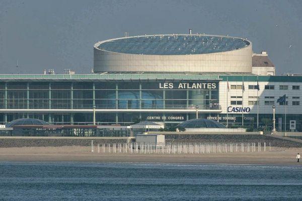 """Le centre des congrès des Atalantes aux Sables-d'Olonne sera transformé en tribunal pour le procès """"Xynthia"""" en septembre 2014"""