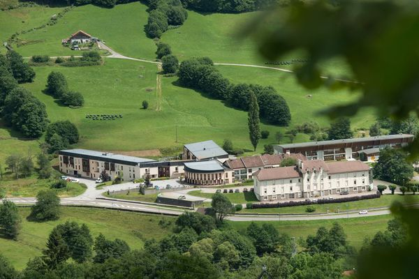 L'Ehpad de Cornimont dans les Vosges compte 160 résidents. 60% ont déjà été contaminés.