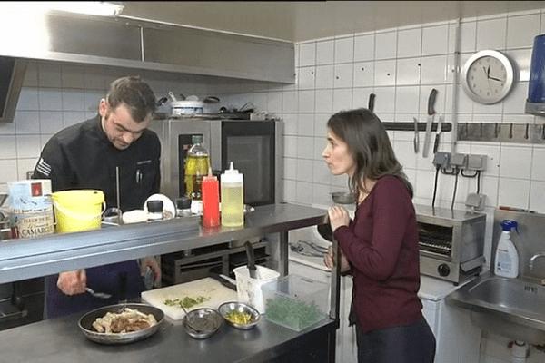 Dans leur cuisine, Régis et Sandra Lecuyer vous mitonnent un véritable tour du monde des saveurs.