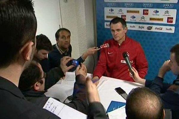 Willy Sagnol semblerait le plus indiqué pour entraîner les Girondins de Bordeaux la saison prochaine.