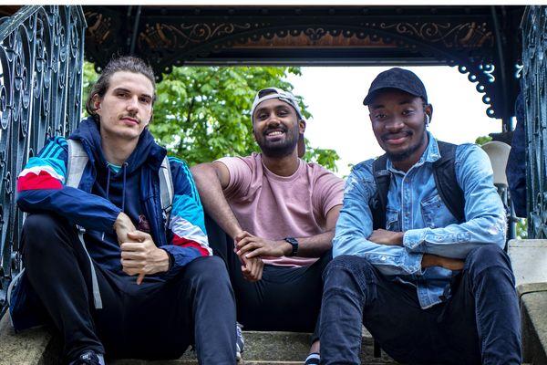 Julien, Boris et Nawaad vont parcourir 250 kilomètres en kayak sur la Loire