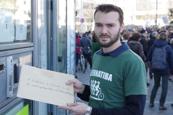 Alternatiba a fait parvenir son pacte environnemental à tous les candidats à la mairie d'Orléans en décembre dernier.