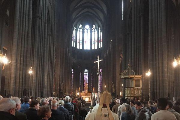 La cathédrale a fait salle comble, pour la messe de Pâques, ce dimanche