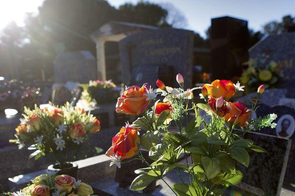 Les funérailles auront lieu au cimetière nouveau de Vitry-sur-Seine, là où Lionel D a grandi (illustration).