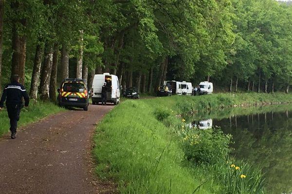 Les gendarmes ont sondé le canal de Nantes à Brest à hauteur de Saint-Laurent-sur-Oust