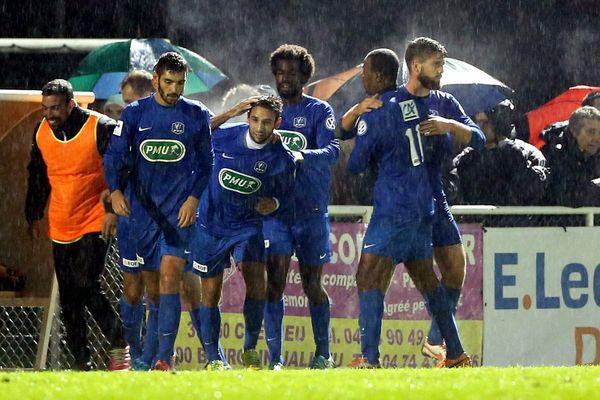 Samedi, l'Etoile Fréjus/Saint-Raphaël s'et imposé à Bourgoin-Jaillieu 3 buts à 1.