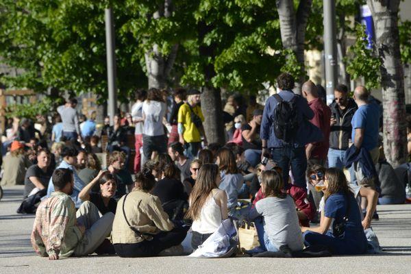 """La place Jean Jaurès (""""La plaine"""") est un espace de rassemblements très festifs depuis son inauguration en mai dernier."""