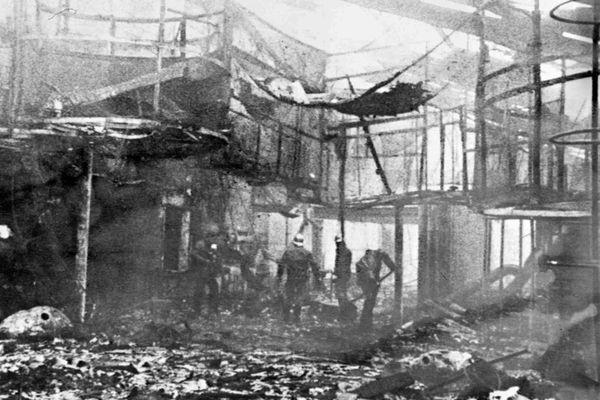 """Il y a cinquante ans, l'incendie du dancing """"Le 5-7"""" a entraîné la mort de 146 jeunes"""