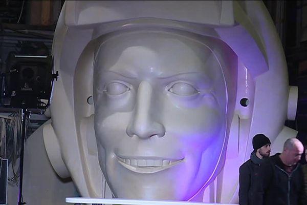 """Le carnaval de Nice est organisé du 17 février au 3 mars sur le thème du """"Roi de l'Espace"""""""