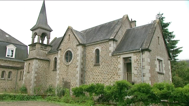 vire une chapelle de 100 m vendre sur france 3 basse normandie. Black Bedroom Furniture Sets. Home Design Ideas