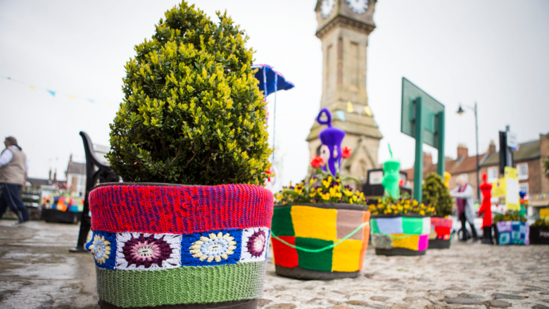 Yarn Bombing à Londres, avril 2016 / © London News Pictures/MAXPPP