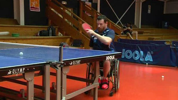 Tennis de table florian merrien pr pare les jeux paralympiques france 3 haute normandie - Grand quevilly tennis de table ...