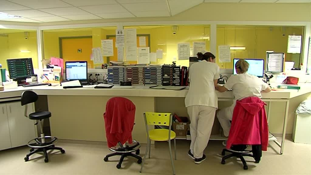 L'unit de Surveillance Médicale continue accueille des patients dont l'état de santé justifie une attention constante. / © France 3 Normandie