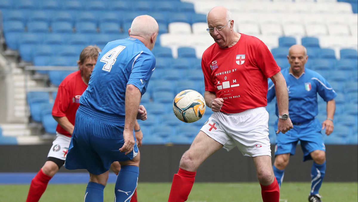 Le walking football : le foot des seniors ?