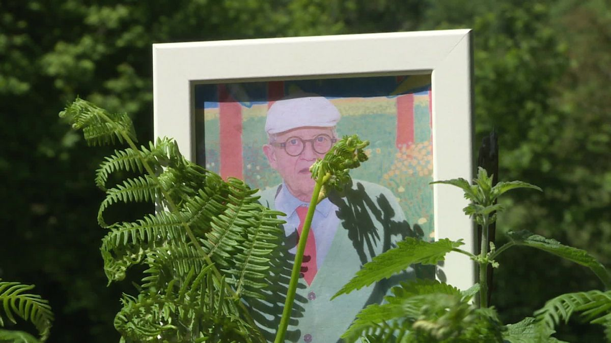 David Hockney peint le printemps dans sa maison en Normandie