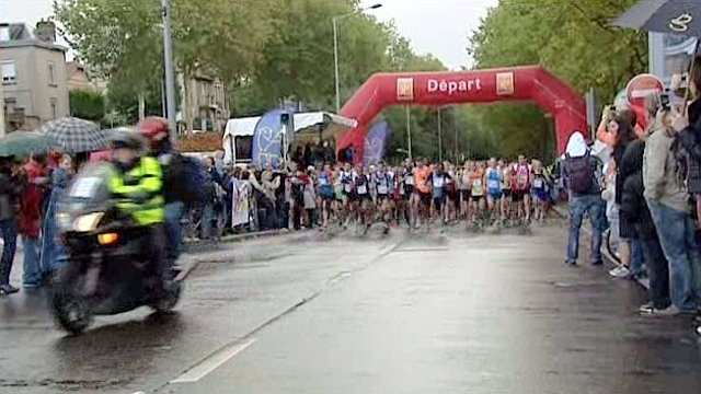 Le semi-marathon de Rouen a connu un record d'affluence. / © France 3 Haute-Normandie