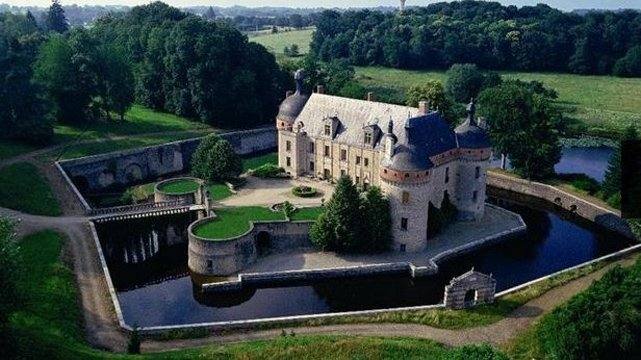 chateau a vendre ussel