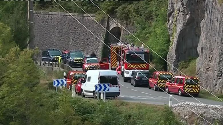 The accident took place Monday on the RN 134, in the Fort of Portalet, Béarn. / © F3A